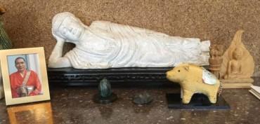臥仏寺のお土産品の涅槃像