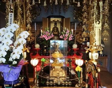 今日の福性寺本堂の内陣